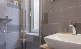 core-apartment-zagreb-restroom3