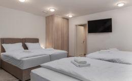 the-base-zagreb-bedroom2